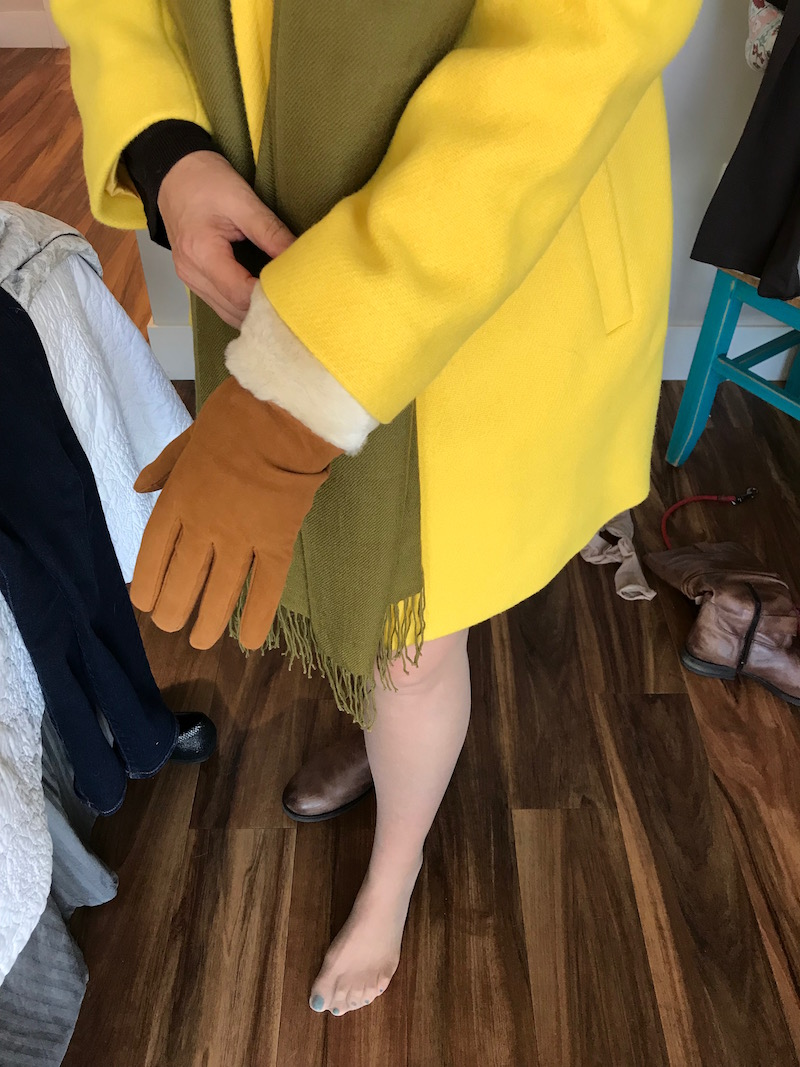 tan gloves, tan and fur edge gloves