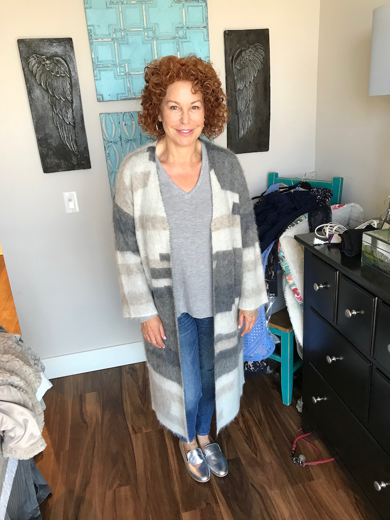 michael stars grey v-neck, michael stars grey t-shirt, eileen fisher colorblock grey and cream long cardigan, rag & bone blue skinny jeans, rag & bone blue denim, gentle souls silver flats, gentle souls silver loafers