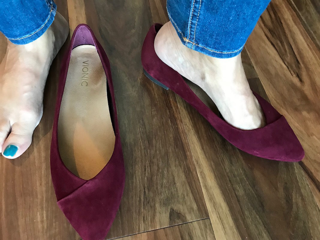 vionic burgundy suede pointy toe flats