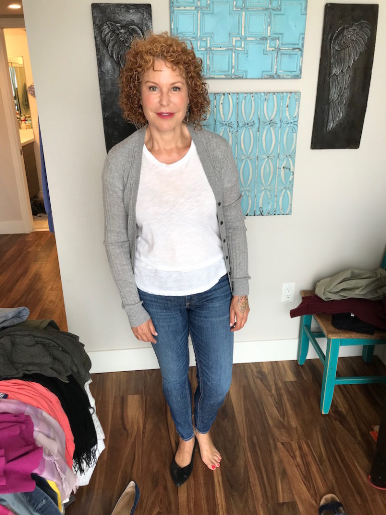 madewell white tee, madewell white v-neck tee, vince grey cardigan, rag and bone light blue jeans, rag and bone blue jeans, vionic black pointy toe flats