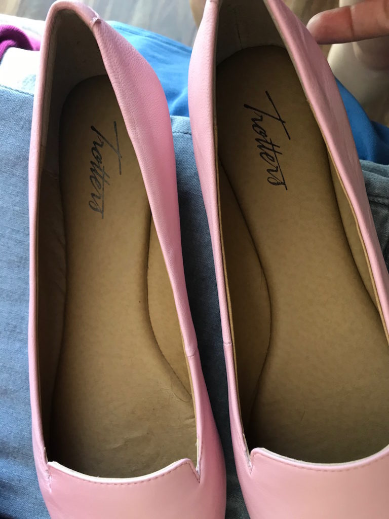 trotters light pink pointy toe flats
