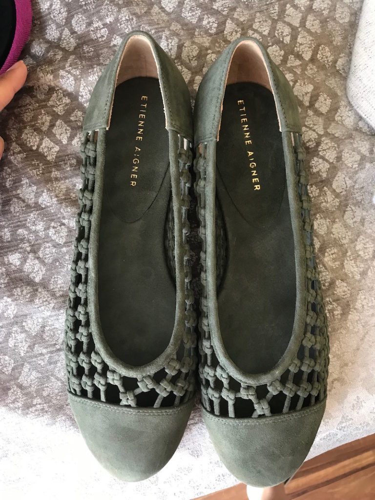 etienne aigner olive green suede braided flats