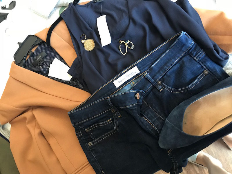 ann taylor navy blue tank top, ann taylor navy blue sleeveless blouse, j.crew tan blazer, gap dark blue jeans, vionic navy blue suede pointy toe flats