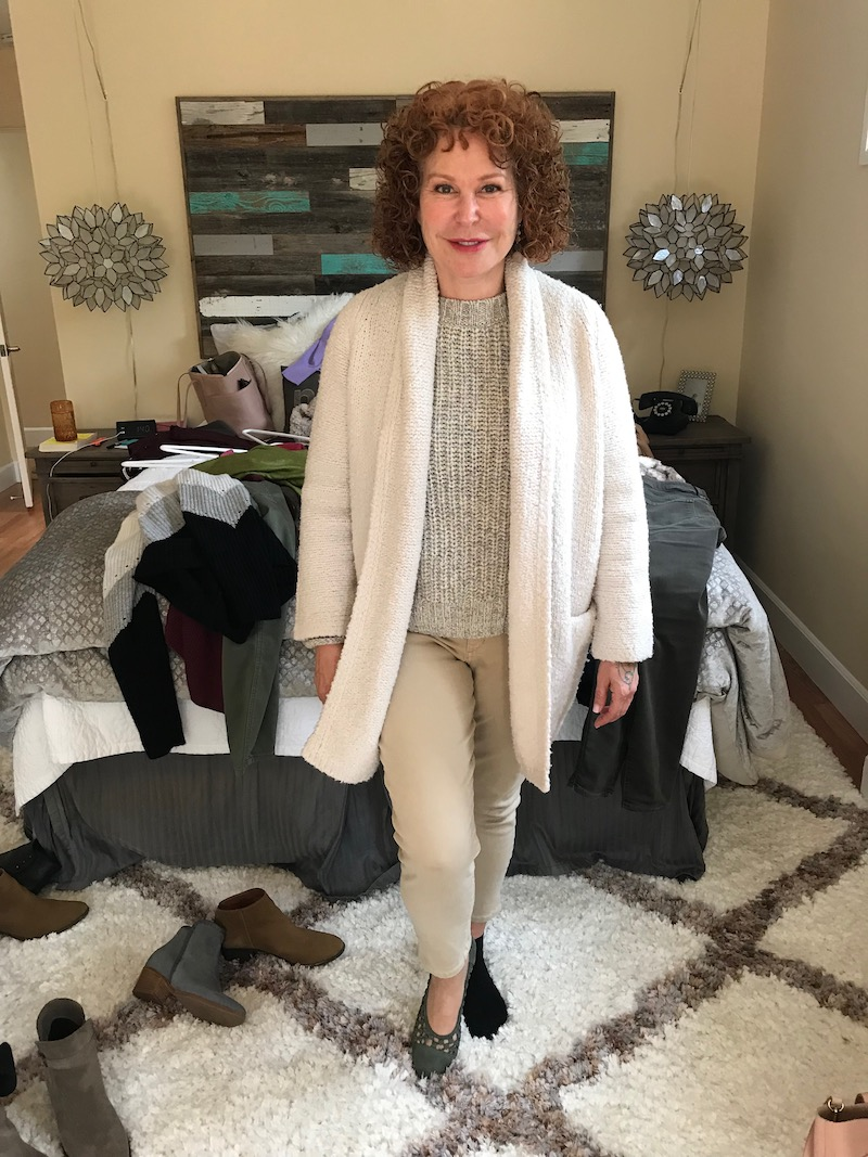caslon light grey and light green sweater, caslon light grey and light green crew neck sweater, vince cream sweater, khaki jeans, etienne aigner olive green round toe flats