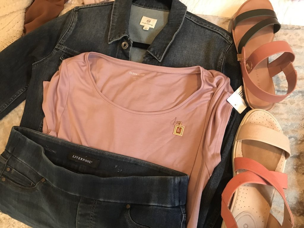 Vince pink t shirt, Liverpool dark blue jeggings, Adriano Goldschmied dark blue jean jacket, Ecco pink and cream sandals, Charles and Keith pink and black sandals, gold square earrings