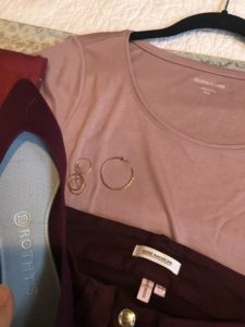 Eileen Fisher pink tshirt, Good amerian wine color jeans, Rothy's aubergine flats