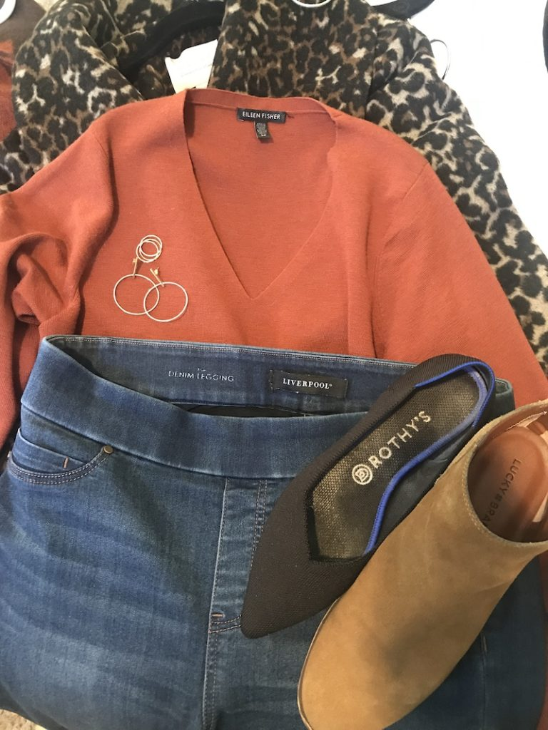 Eileen Fisher coral v-neck sweater Liverpool medium blue jeggings, black Rothys, LuckyBrand tan boots, Hinge Leopard print coat