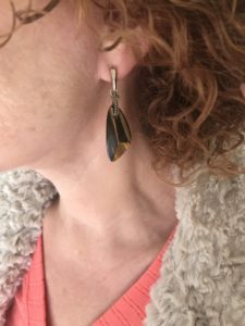 brown amber stone drop earrings