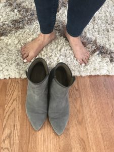 Italeau gray boots